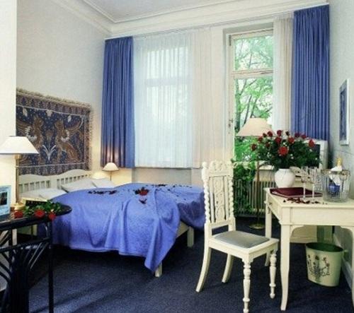 Hotel Am Hohenzollernplatz room