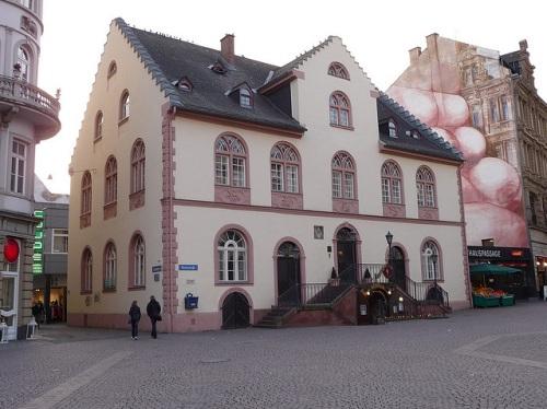 Antiguo Ayuntamiento de Wiesbaden