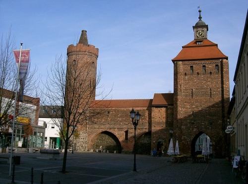 Puerta de Bernau y Hungerturm