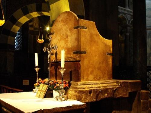 Trono de Carlomagno en la Catedral de Aquisgran