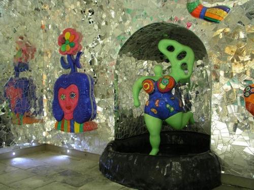 Gruta de Niki de Saint Phalle