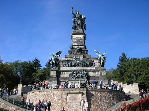 Niederwalddenkmal en Rudesheim am Rhein