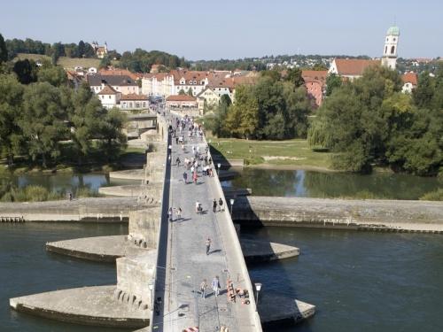 Puente de Piedra de Ratisbona por arriba