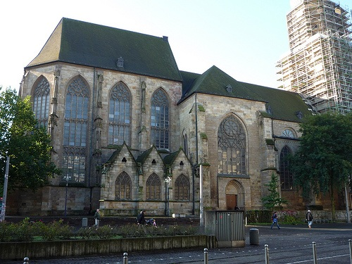 Parte trasera de Reinoldikirche