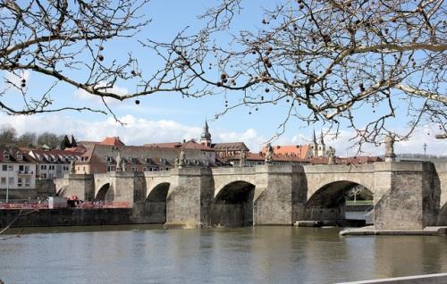 Rio Meno en Wurzburgo